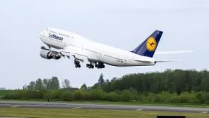 The new Lufthansa 747-8. Boeing photo.