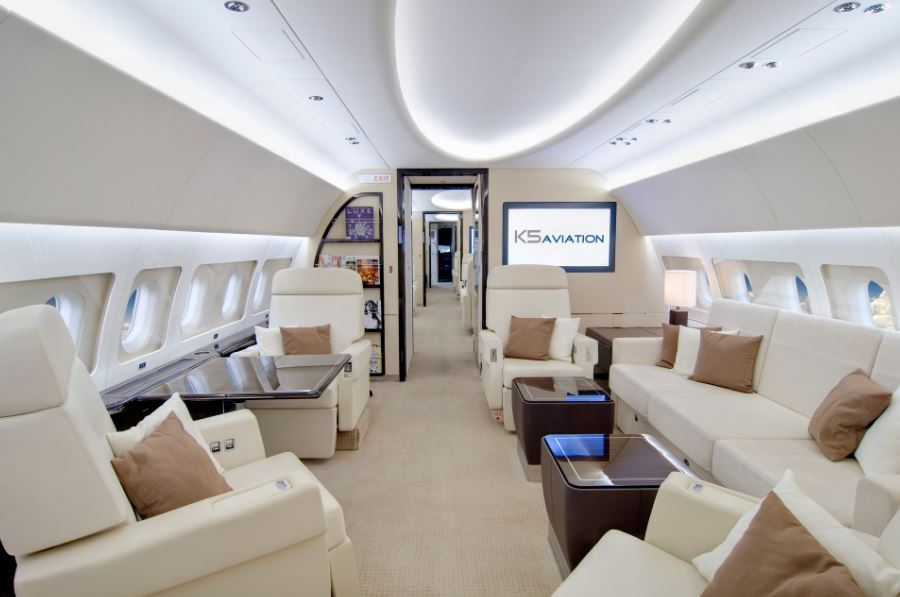 Stars Of The Dubai Airshow Exitstamp